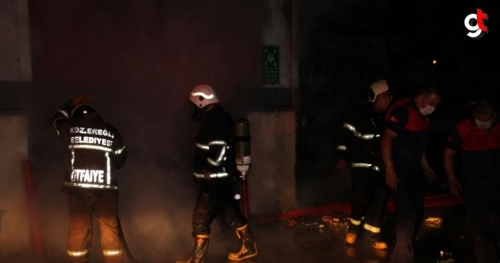 Zonguldak'ta toptan markette çıkan yangın kontrol altına alındı