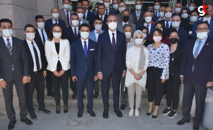 Adalet Bakanı Gül, Sinop'ta ziyaretlerde bulundu