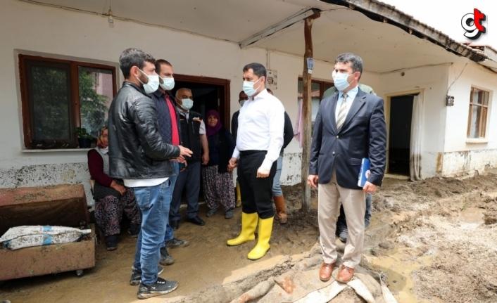 Amasya'da dolu ve sağanak etkili oldu