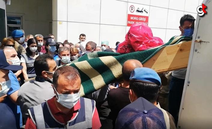 Samsun'da arkadaşlar arasında çıkan kavgada 3 kişi öldü, zanlı gözaltında.
