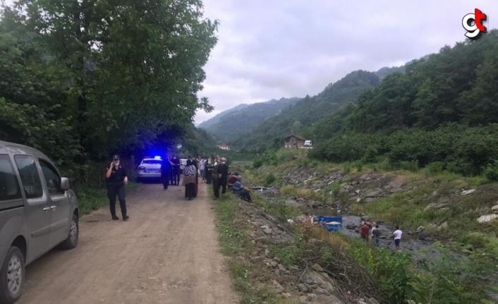 Samsun'da pat pat dereye devrildi: 1 ölü, 1 yaralı
