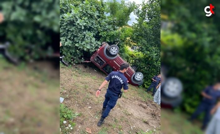 Samsun'da makas atarak giden araç devrildi 6 yaralı