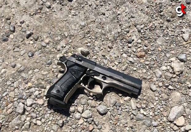 Çorum'da otomobil çaldığı iddia edilen zanlılar polis kovalamacasıyla yakalandı