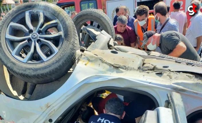 Artvin'deki trafik kazasında 3 kişi yaralandı