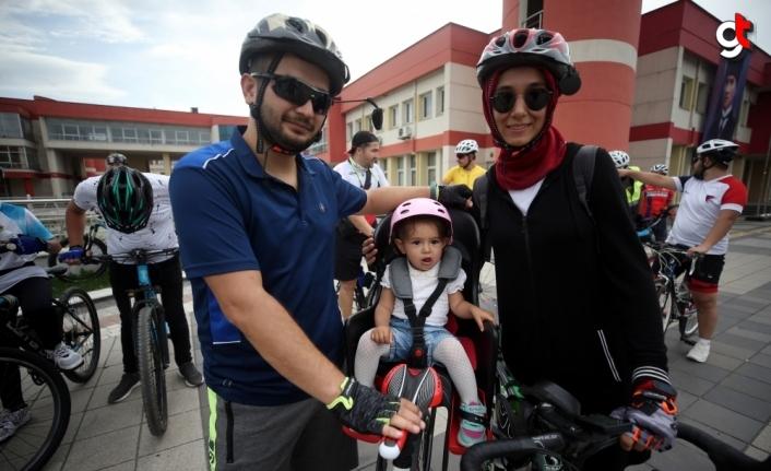 Düzce'de bisikletliler hareketli yaşam için pedal çevirecek