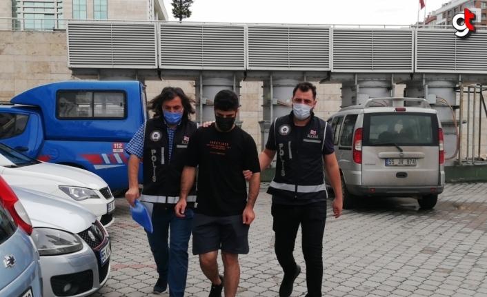 Samsun'da sahte 4 bin dolarla yakalanan Irak uyruklu zanlı serbest bırakıldı