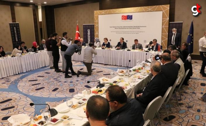 Kamu Başdenetçisi Şeref Malkoç Samsun'da gazetecilerle bir araya geldi: