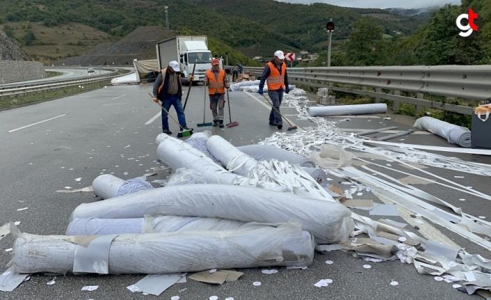 Samsun'da kamyon ile tır çarpıştı 2 kişi yaralı