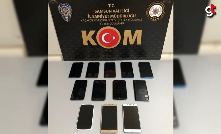 Samsun'da 12 faturasız kaçak cep telefonu ele geçirildi