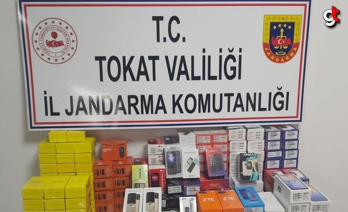 Tokat'ta 247 kaçak cep telefonu ele geçirildi