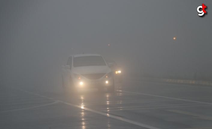 Bolu Dağı'nda sis ve sağanak ulaşımı olumsuz etkiliyor