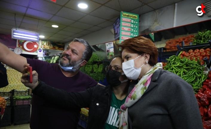 İyi Parti Genel Başkanı Akşener, Tokat'ta esnaf ziyaretinde bulundu: