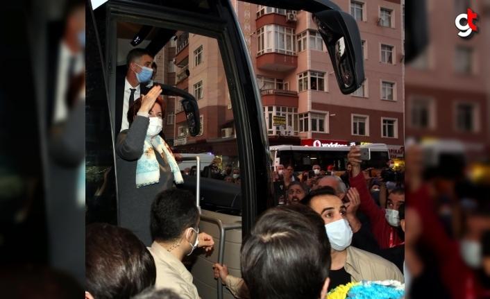 İYİ Parti Genel Başkanı Akşener, Tokat'ta esnafı ziyaret etti