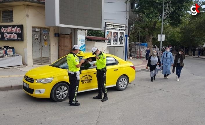Merzifon'da toplu taşıma araçları ve taksiler denetlendi