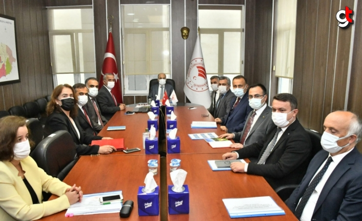 Samsun Valisi Zülkif Dağlı tarımın önemine dikkat çekti