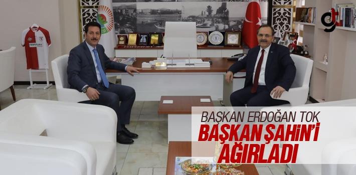 Başkan Erdoğan Tok, Bafra Belediye Başkanı Zihni Şahin'i Ağırladı
