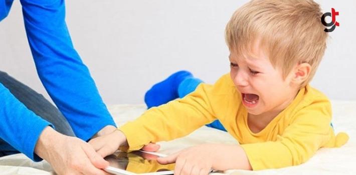 Çocuğunuz Teknoloji Bağımlısıysa Bırakın Ağlasın!