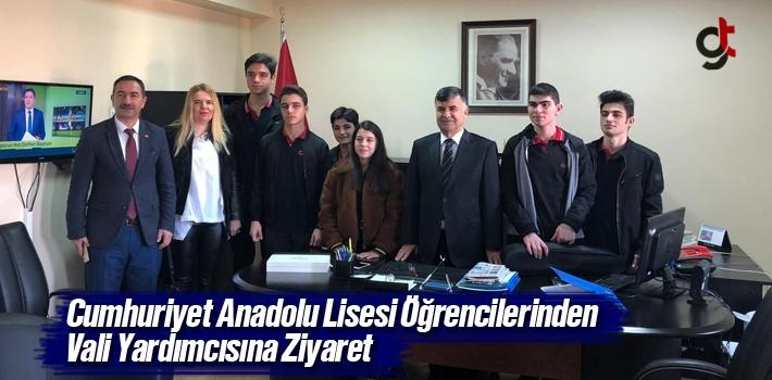 Cumhuriyet Anadolu Lisesi Öğrencilerinden Vali Yardımcısına Ziyaret