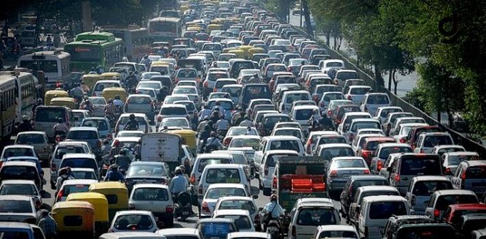 Haftada 9 Saatimiz Trafikte Geçiyor!