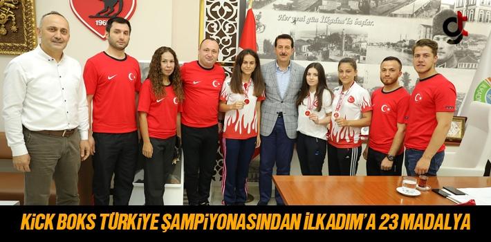 Kick Boks Türkiye Şampiyonasından İlkadım'a 23 Madalya