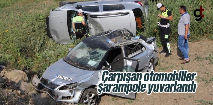 Samsun'da İki Araç Çarpıştı Şarampole Yuvarlandı