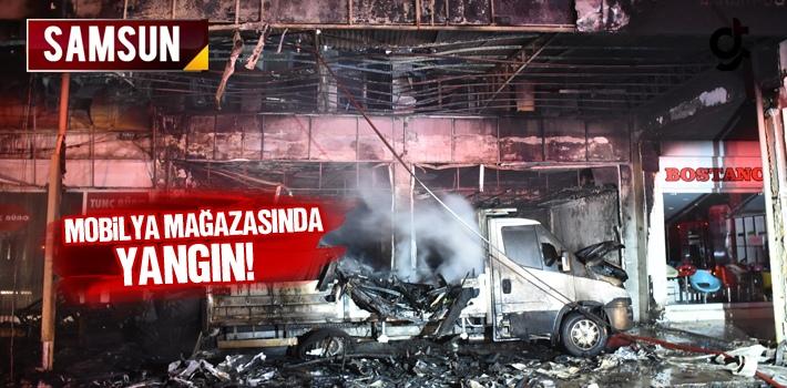 Samsun'da Mobilya Mağazasında Yangın!