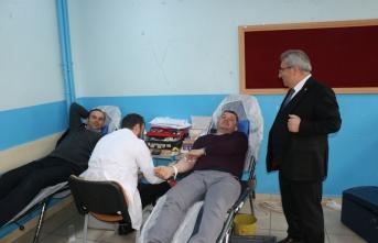 Çarşamba Kız Anadolu İHL'de kan bağışı kampanyası