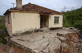 Ordu'da heyelan nedeniyle 6 ev tahliye edildi