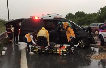 Düzce'de zincirleme trafik kazası : 5 yaralı