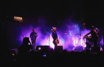 Athena ile Aslı Gökyokuş Samsun'da konser...