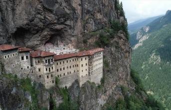 Sümela Manastırına dört günde 2 bin ziyaretçi