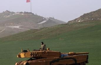 Suriye Zeytin Dalı harekat bölgesinde bir asker...