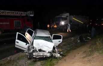 Trafik kazasında 2 polis memuru şehit oldu, 2 kişi...