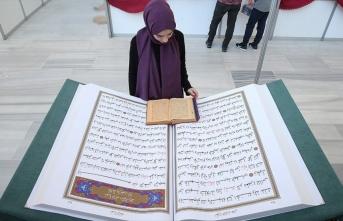 70 kilogram ağırlığındaki 'Kur'an-ı Kerim' yoğun...