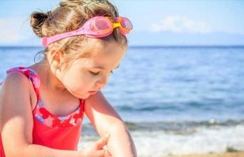 Çocuklarda güneş çarpması tedavisi ve önlemi