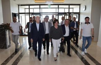 Kemal Kılıçdaroğlu, Deniz Baykal'ı ziyaret...