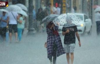 Samsun'da akşam saatlerinde şiddetli yağış...