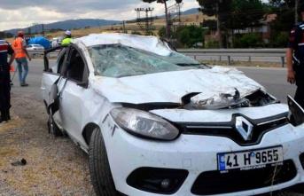 Araba bu hale geldi! 5 Yaralı