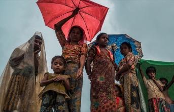 Arakanlı Müslümanların kaldığı kampları muson...