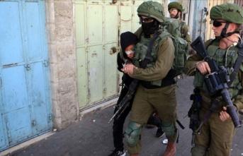İsrail güçleri Batı Şeria'da 10 Filistinliyi...