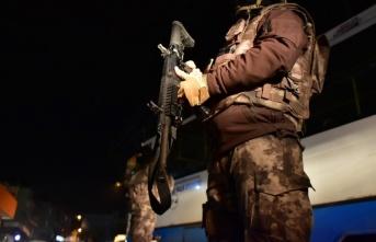 Terör örgütü PKK'ya eleman temin eden şebekeye...