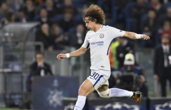 David Luiz, Arsenal'a imza attı