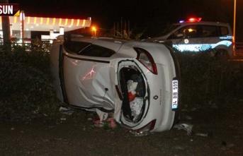 Kontrolden çıkan araç takla attı 5 yaralı