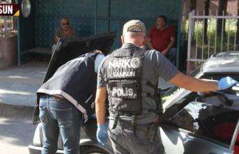Narkotik polislerden operasyon