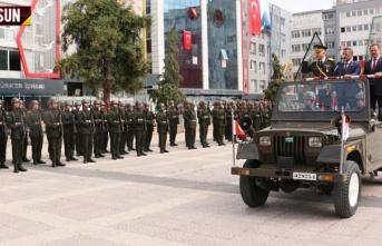 Samsun Cumhuriyet Meydanı'nda 30 Ağustos Zafer...