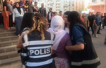 Diyarbakır annesinden HDP'lilere 'Evladımı neden...