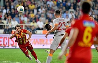 Galatasaray son dakikada 3 puandan oldu