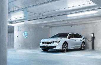 Peugeot'dan yüksek verimli şarj edilebilir hibrit...
