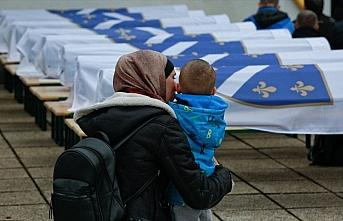 Bosna'daki savaşta öldürülen 12 Boşnak 27 yıl...