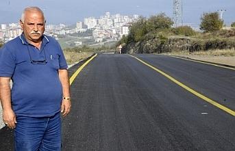 Canikli muhtarlar Başkan Mustafa Demir'e yol çalışması için teşekkür etti